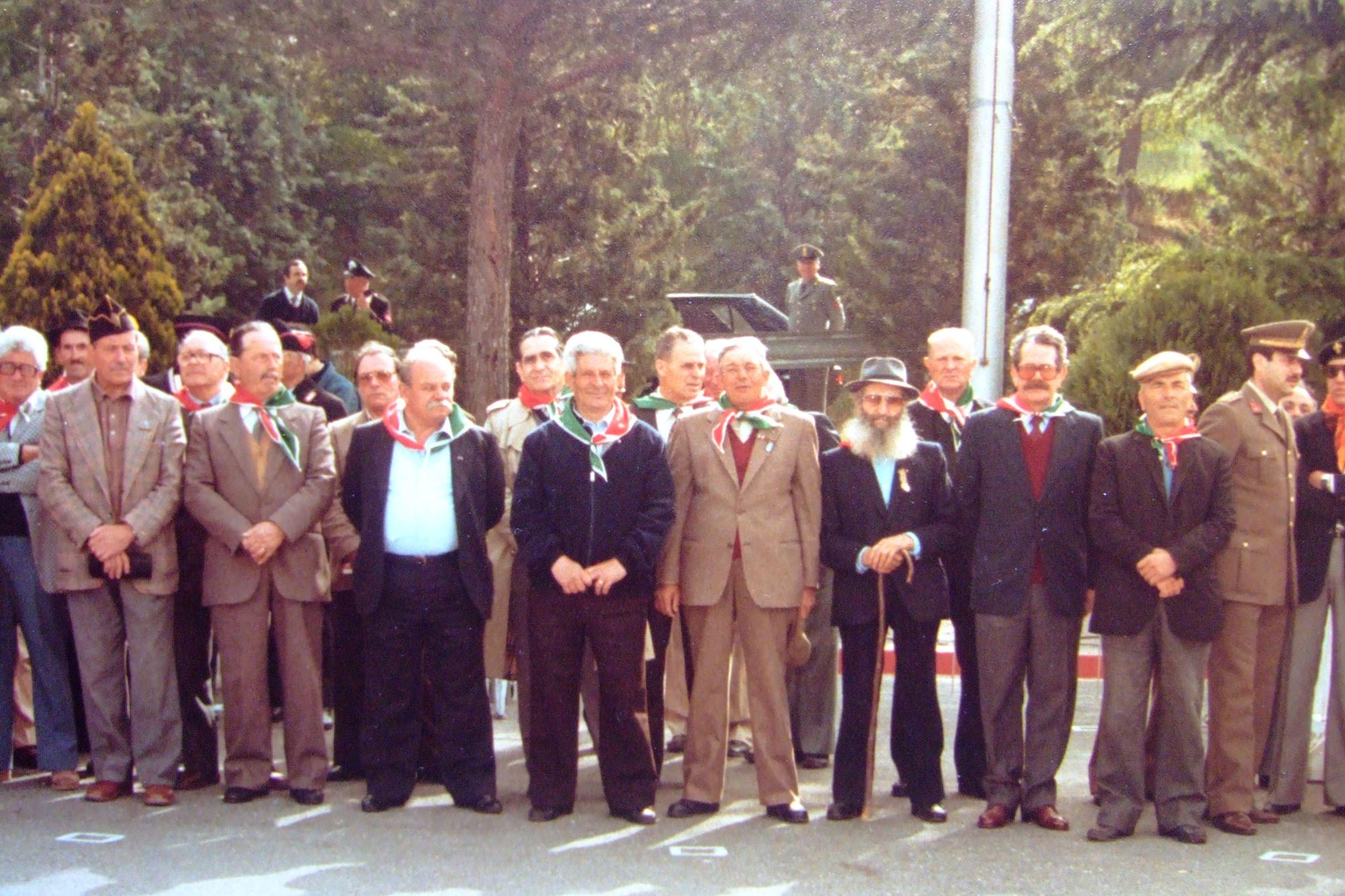 Partigiani presso la caserma in str. Cimina.